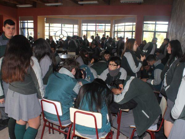 Alumnos rinden prueba Simce